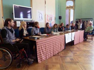 """nº117 E.B. """"mujer y discapacidad"""" [4.03.11]"""